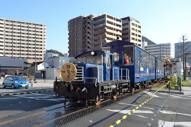 門司港レトロ観光列車「潮風号」